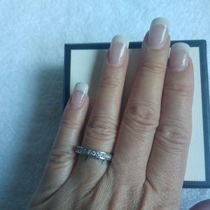 Ring classy